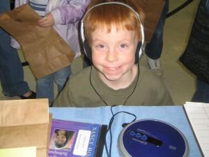IMG_4157-RIH-KID-headphones-XCU
