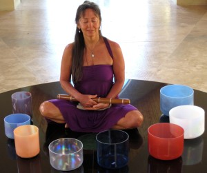 IMG_0609-NZ-Mana-TempleMeditation-NwithBowls,Flute